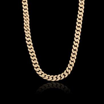 chaîne en or qui brille